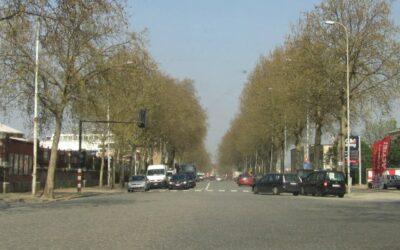 Avenue du Port / Havenlaan: Les pavés, pas la plage! / Kasseien, geen strand!