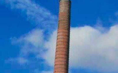 Patrimoine menacé: La cheminée à réservoir des blanchisseries du CPAS de Bruxelles